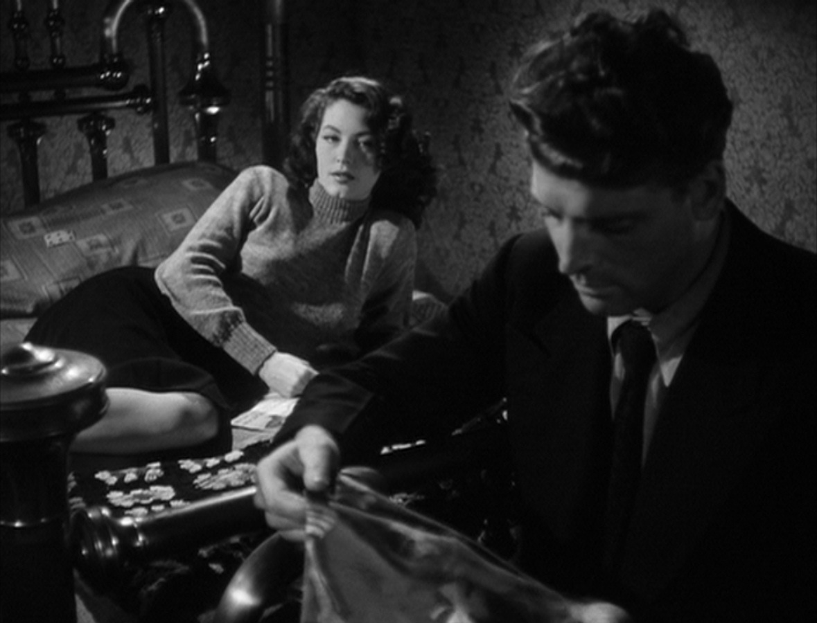 a commentary on film noir in the united states Dementia - free - also called daughter of horror, this film by john parker incorporated elements of horror film, film noir and expressionist film about the film.